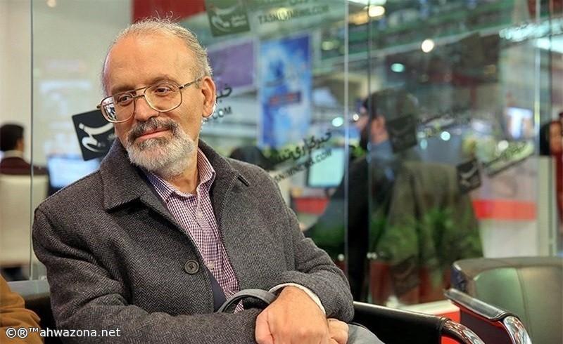 خبير إيراني يحذر من إنهيار الإقتصاد وظريف يضغط على امريكا
